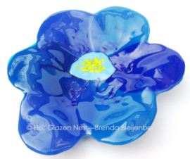 Grote blauwe bloem