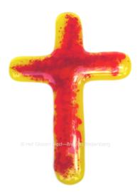 Klein glazen kruis in geel en oranje