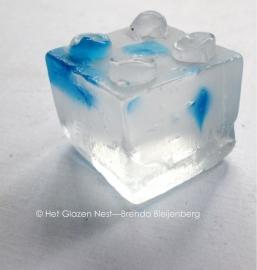 glazen duplo steentje in blank en blauw