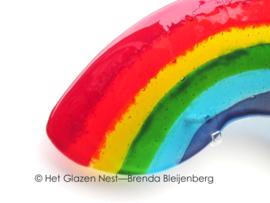 Grote regenboog in glaskunst