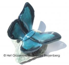 Vlinder  in zeegroene tinten