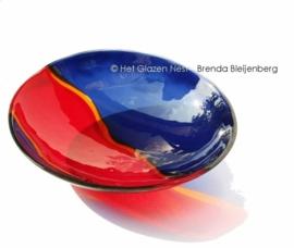 Roodblauwe schaal