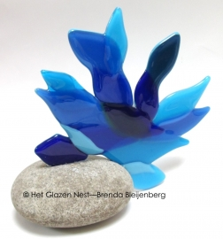 mini urn abstract mensfiguur in blauw