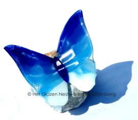 Grote vlinder in blauwe kleuren