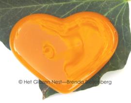 Klein glazen hart in oranje