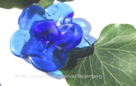 bloem in licht blauwe kleuren