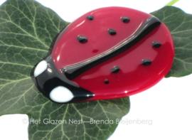 lieveheersbeestje als glazen ornament
