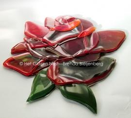 rode roos als glas ornament