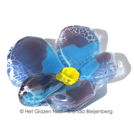 Glazen viooltje in paars en blauw