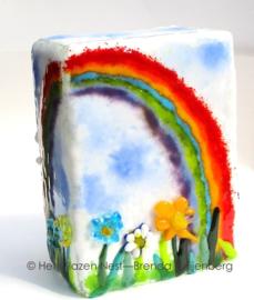 """Glaskunst urn """"Bloemen onder de regenboog"""""""