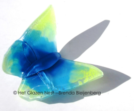 Vlinder in zacht geel en aqua