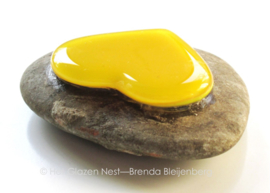 geel hartje als mini urn