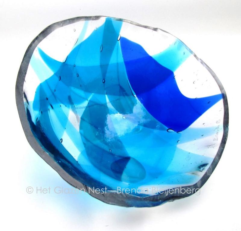 "glas sculptuur ""bolling in de lucht"""