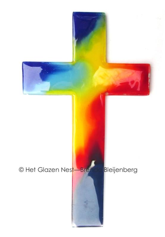 Glas kruis in regenboog kleuren