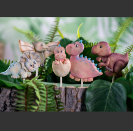 Dinosaur cookie mold ( Karen davies)