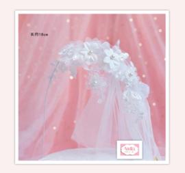 Romantische tule/bloemen boog