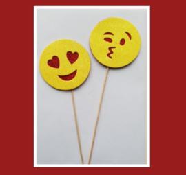 Partijtje Smiley toppers ( groot - 4 x 2 stuks)