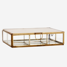 PCH17041 | Glass box w/ rooms and mirror | Madam Stoltz