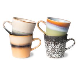ACE7041 | 70s ceramics: americano mugs (set of 4) | HKliving - Eind november verwacht!