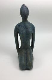 Yoga beeld old blue/turquoise aardewerk no. 10