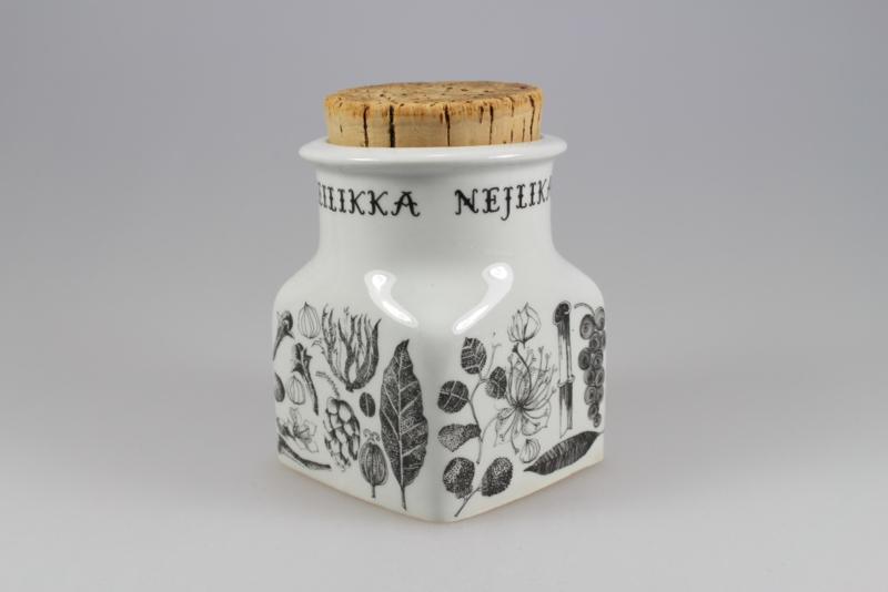"ARABIA SPICE JAR ""NEILIKKA"" (2)"