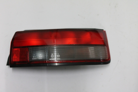 Achterlicht rechts Mazda 323 HB model 1989 8FB351150