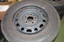 Winterbanden en velgen set Mazda 5 2005-2008
