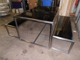 Schitterende tafel met 2 banken RvS