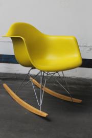 Vitra Eames schommelstoel