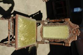 Antieke stoel hout stof