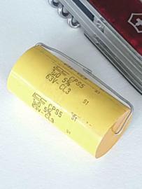 LCC 1uf 63v condensator axiaal