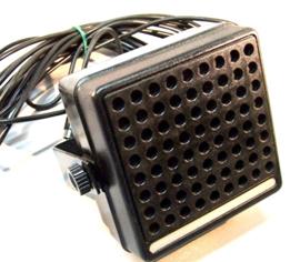 hoedenplank / dashboard speaker