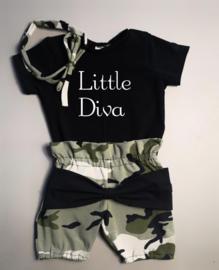 Little diva/ camo groen strik bloomer