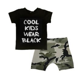 Cool kids wear black/ camo groen korte baggy