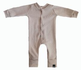 Mini knit beige onesie (drukkers)