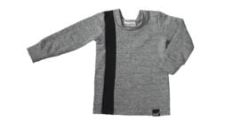 Grijs met zwart streep verticaal sweater