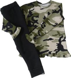 Camo groen roes shirt met zwart broek