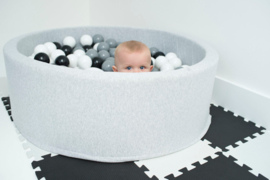 Ballpit with 200 balls light grey (white,grey,black)