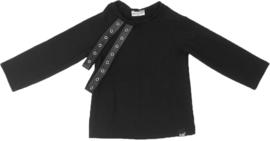 Zwart met leren bandjes shirt