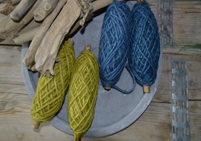 Flaxcord op houten spoel