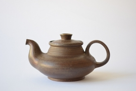 Nils Kähler for Kähler / HAK teapot collectible brown amber Danish pottery midcentury