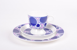 Arabia Finland PAULIINA Coffee / Espresso Trio with Cup / Saucer / Plate Purple & White Kay Franck Scandinavian Mid-century Tableware