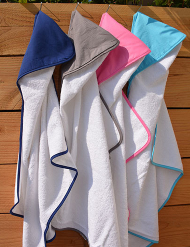 Baby Hooded Towel / White-White