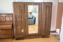 Unieke kledingkast met spiegel uit de Franse seventies
