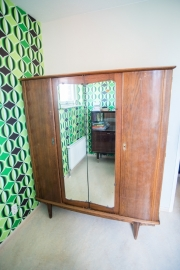 Art deco dubbele kledingkast met spiegels