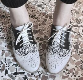 Derby Brogue White Snow Leopard Black