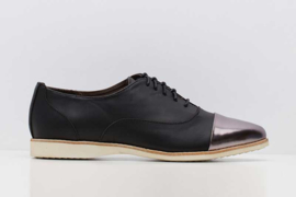 Madison Oxford Black/Pewter Toe