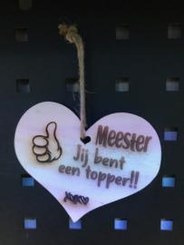 Houten hanger hartje Meester Topper
