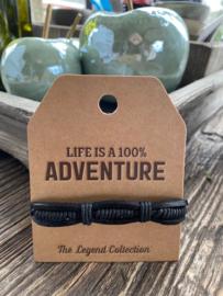 Leren armbandje Life is a 100 % adventure