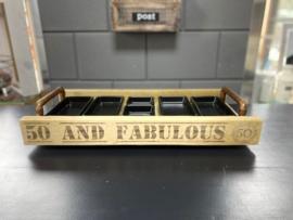 Hapjesbak 50 and fabulous  inclusief  6 zwarte porseleinen schaaltjes